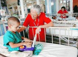 volunteer project: HOSPITAL DE NIÑOS (Child Care) photo 3
