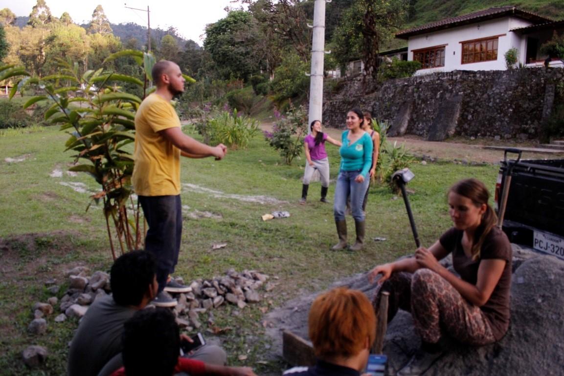 volunteer project: FUNDACIÓN PROYECTO ECOLOGICO CHIRIBOGA photo 2