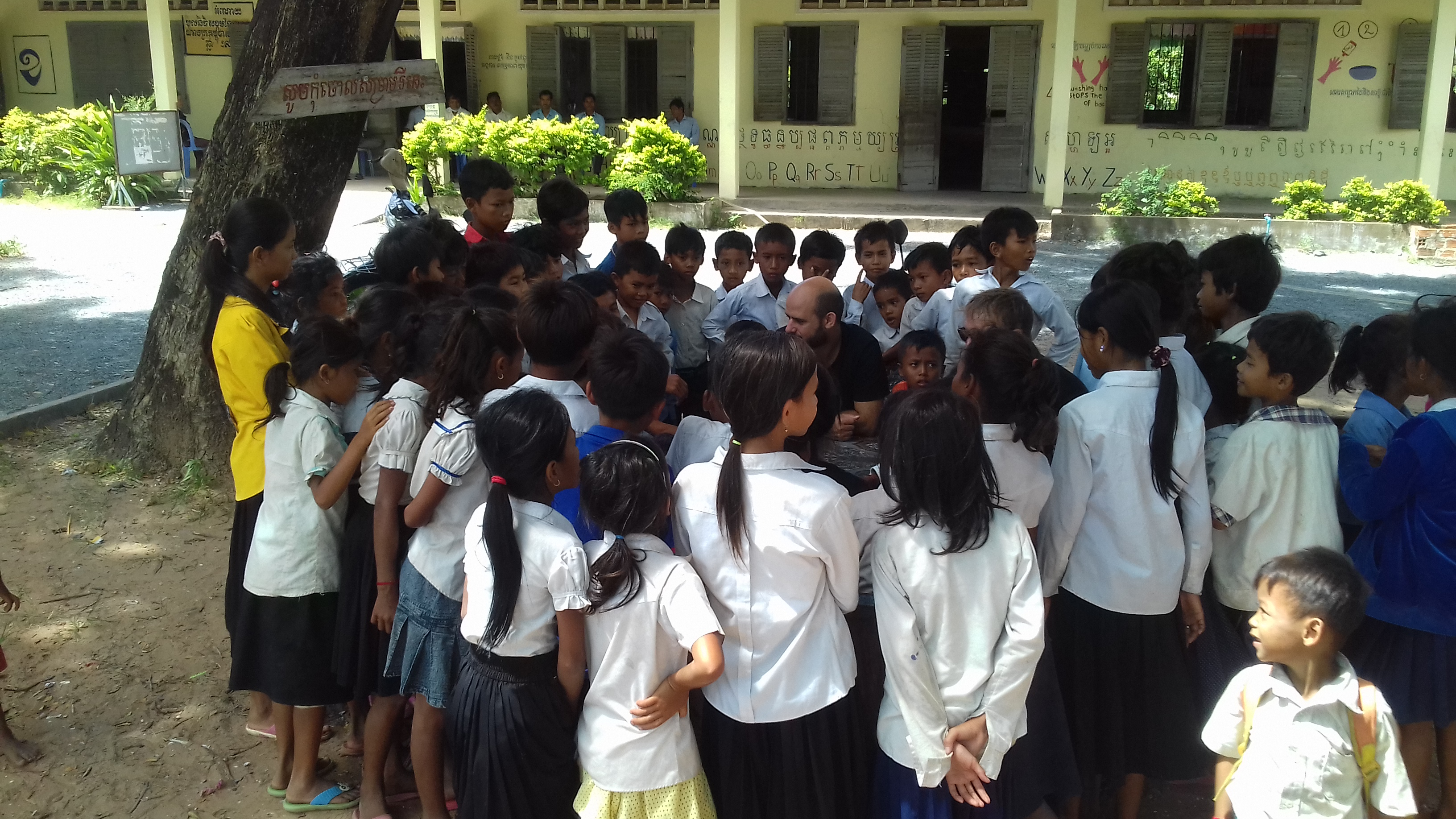 volunteer project: Chea Smon Primary and Secondary School photo 3