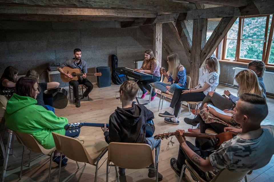 volunteer project: Volontaire dans les médias et la culture ! (CES/SVE) photo 5