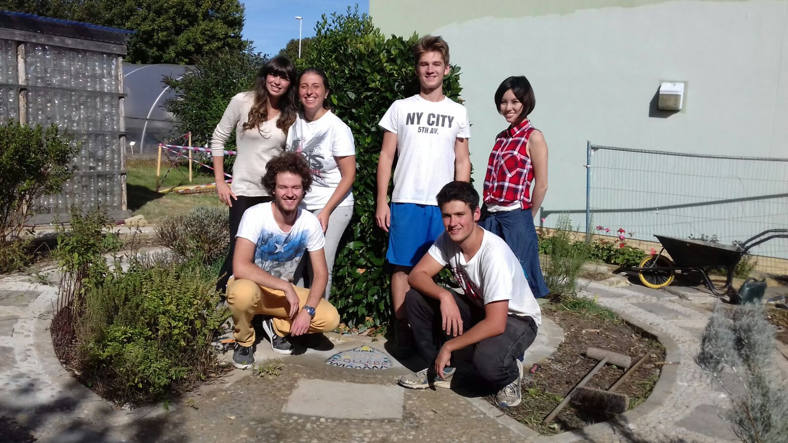 volunteer project: Oak Grove College 2 photo 1