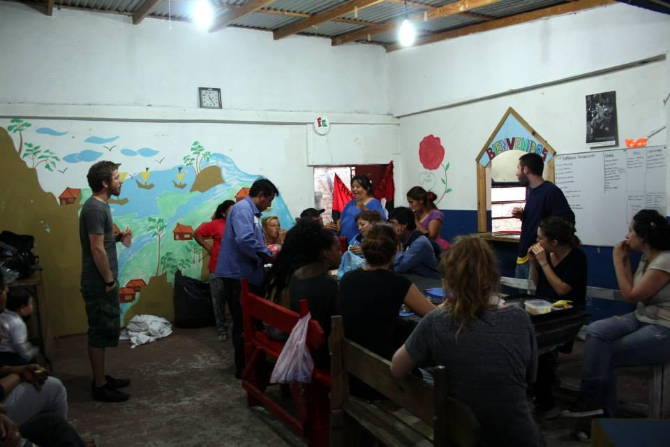 volunteer project: LA SARTEN POR EL MANGO photo 2