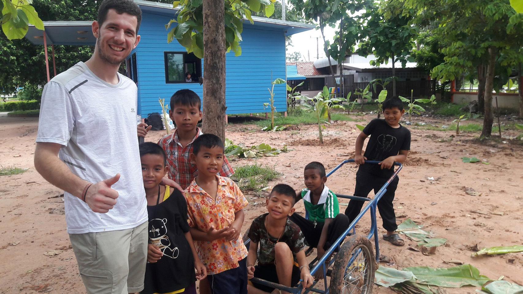 volunteer project: ICL-Khon Kaen photo 1