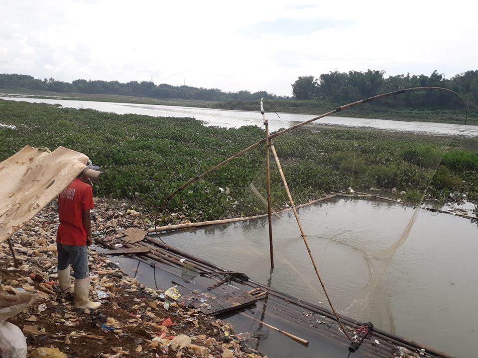 volunteer project: Waste Management & River Conservation photo 2